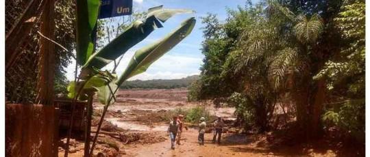 Vale confirma rompimento de barragem em Brumadinho (MG)