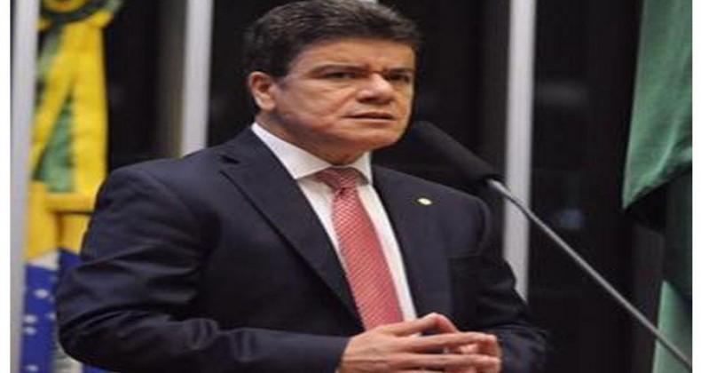 FLÁVIO DINO ANUNCIA DEOCLIDES MACEDO PARA PRESIDIR A GASMAR